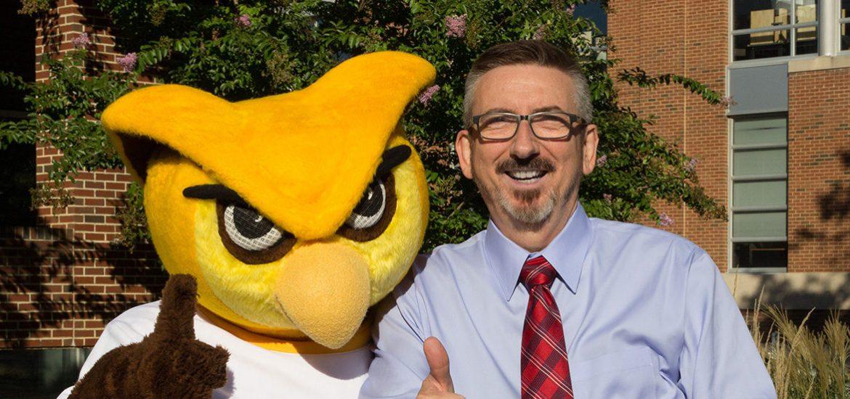 Dr. Jeff Hand and Rowan Mascot Whoo RU