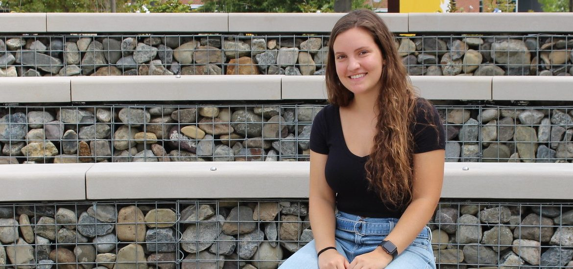 Amanda Yannarella, a Biomedical Engineering major, was a student leader this summer in the First-Year Connection: Volunteerism Program.