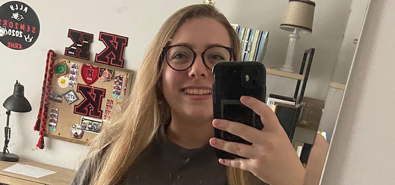 Selfie of incoming Rowan student Allison in her home
