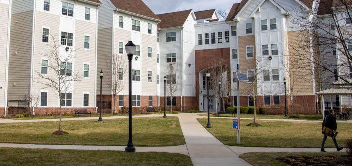 Exterior shot of Rowan Boulevard Apartments.