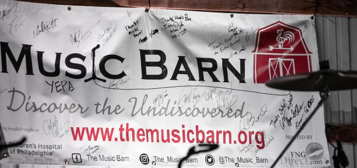 Sign for The Music Barn.